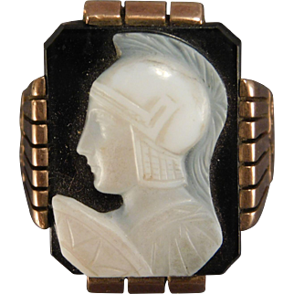 10 Karat Yellow Gold Large Cameo Ring