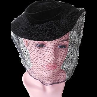 Vintage 1940's Sophisticated Black Velvet Hat