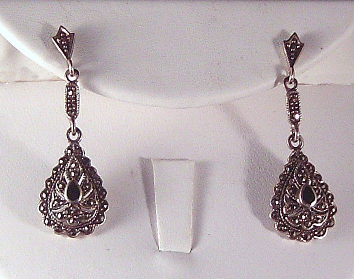 Dazzling Sterling Silver, Onyx and Marcasite Earrings