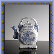 Blue Rose Oriental Teapot
