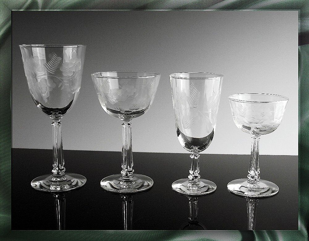 Vintage Libbey Rock Sharpe in Crystal Garland Pattern