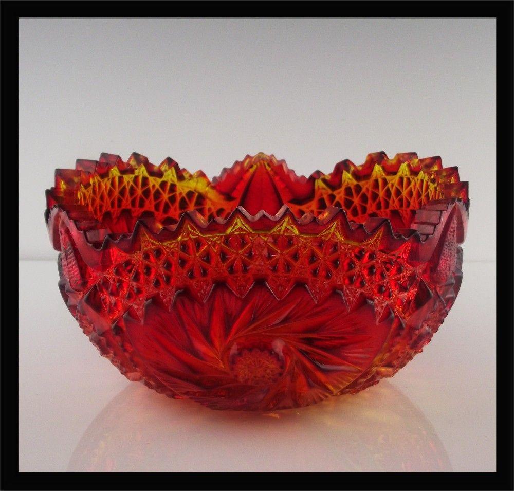 Amberina Carnival Glass Bowl by L.E. Smith ca 1970's