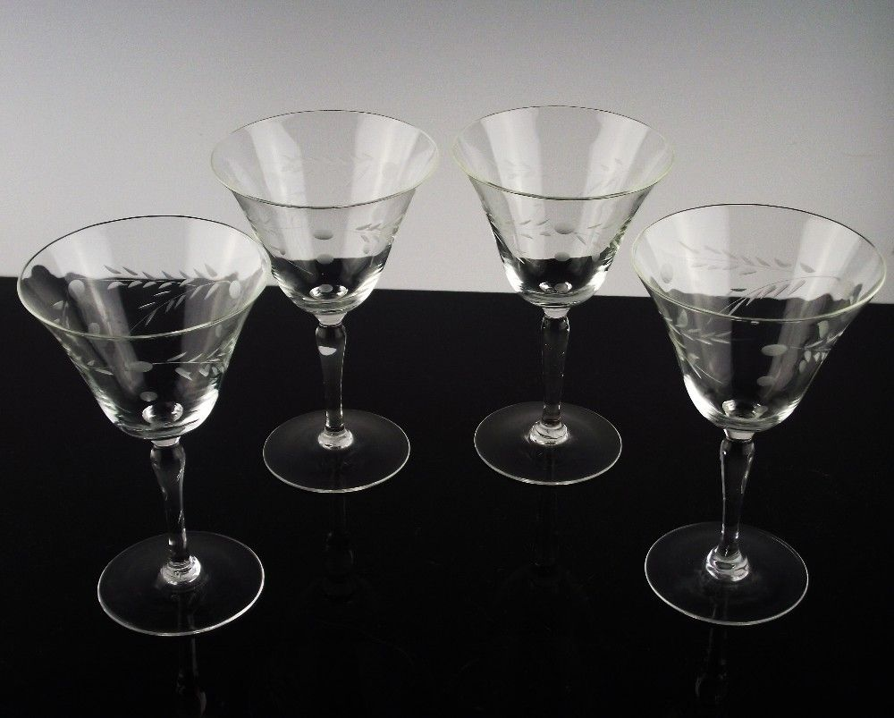 Willow Moon Champagne Cocktail Glasses ca 1950's