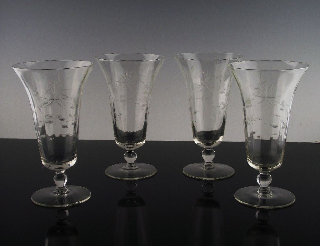 Gray Cut Floral Tea Glasses