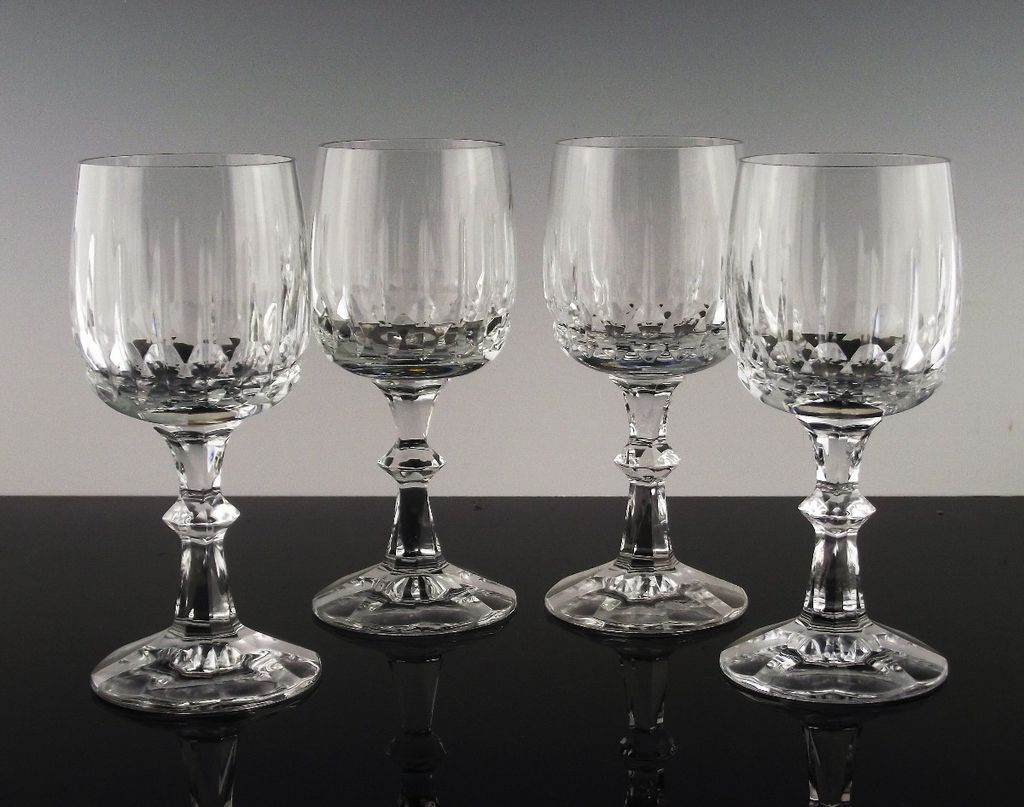 Cut Crystal Wine Glasses by Schott-Zwiesel in Tango Pattern