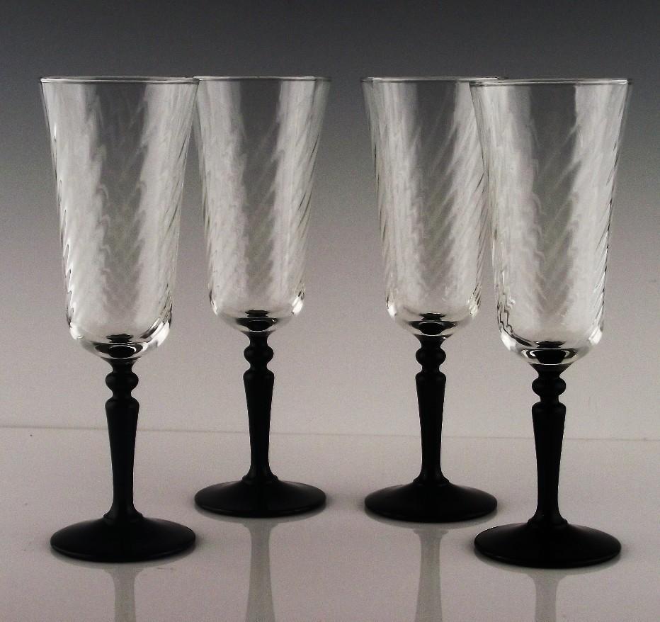 Onyx Champagne Flutes by Cris D'Arques