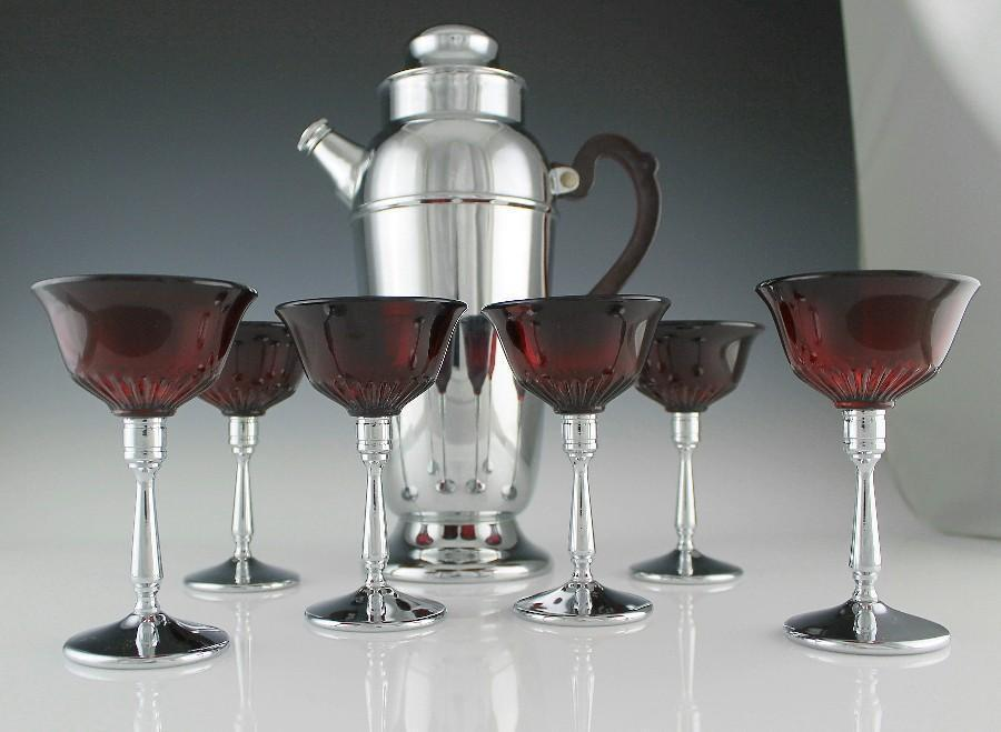 New Martinsville Chrome Cocktail/Martini Set with Red Bakelite Handle