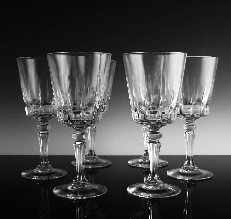 Crystal Claret Wine Glasses in Chantelle Pattern