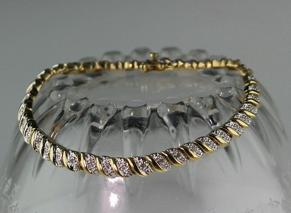 Dazzling Diamond Bracelet 1.75 Total Caret Weight