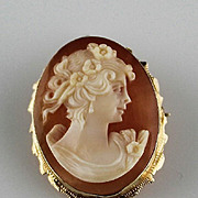 Hand Carved Brooch/Pendent Cameo in 14k Gold Setting
