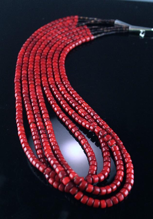 Deep Mediterranean Santo Domingo Coral Necklace