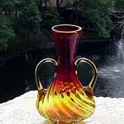 Stunning Blenko Amberina Double Handled Twisted Vase