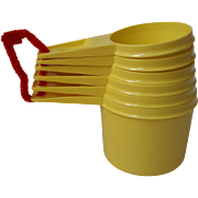 Yellow 1980s Tupperware Measuring Cups Full 6 piece Set