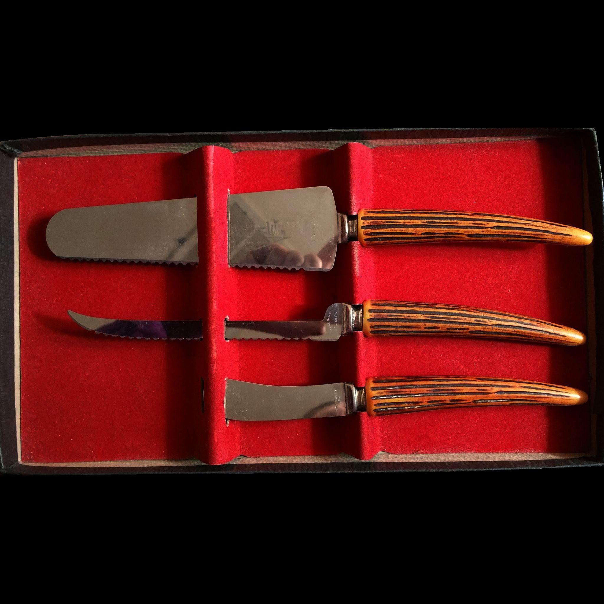 Electro-Way Bakelite Faux Stag Horn Handle 3 piece Cheese or Dessert Server Set Original Box No lid