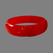 True Red Carved Vintage Bakelite Bangle Bracelet