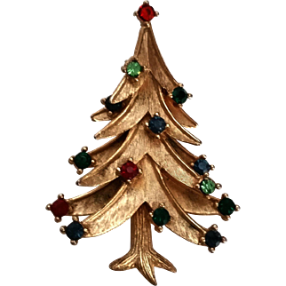 Trifari Christmas Tree Pin Vintage Multi Color Rhinestones