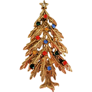 Vintage ART Christmas Tree Pin Multi Color Rhinestones in Gold Tone
