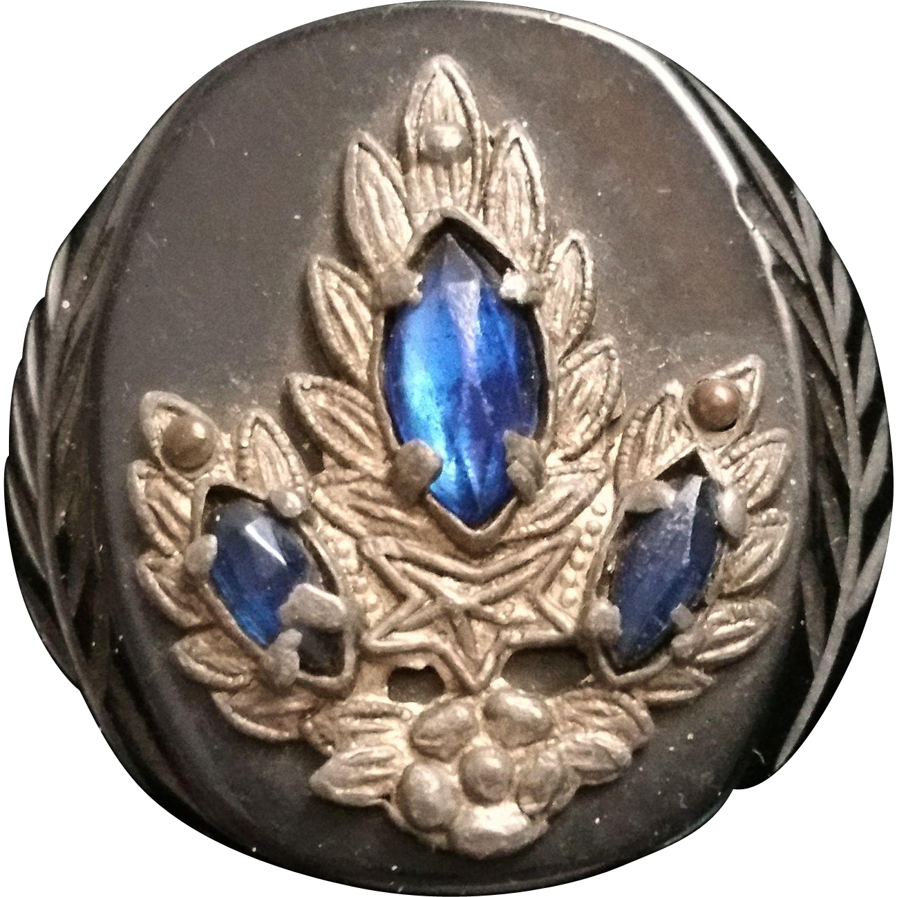 Vintage bakelite jeweled carved button black sapphire blue