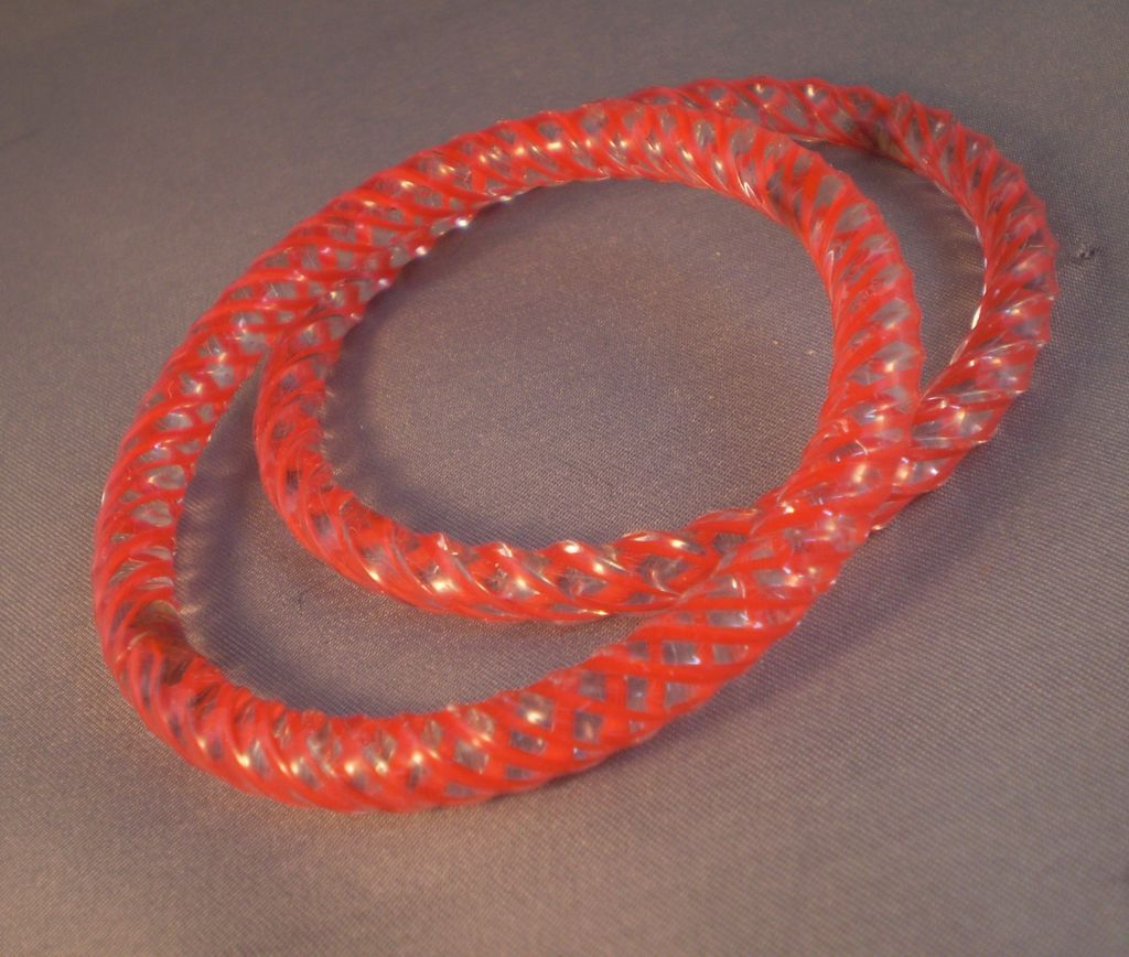 Deco-Era Glass Bangle Bracelets Red & Clear