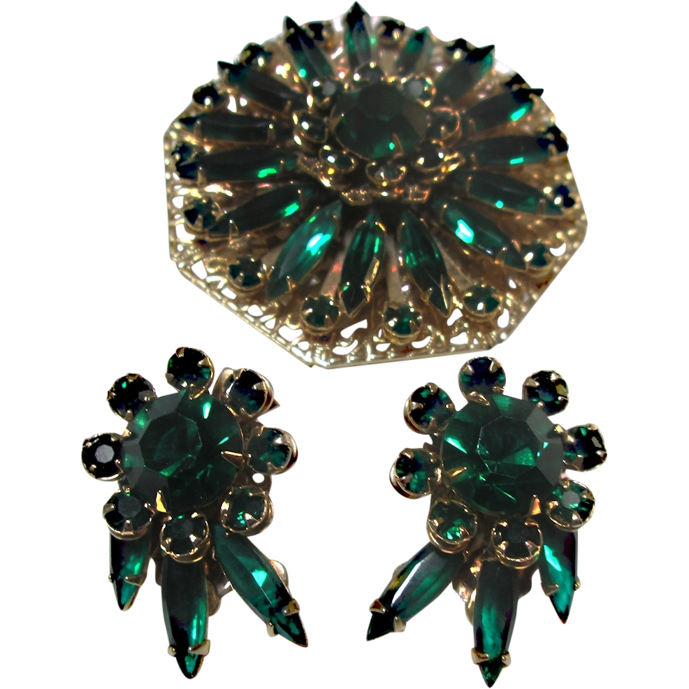 Emerald Green Rhinestone Brooch & Earrings