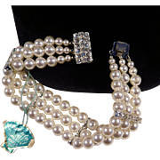 Three-Strand Simulated Pearl Bracelet with Tag (Candida)