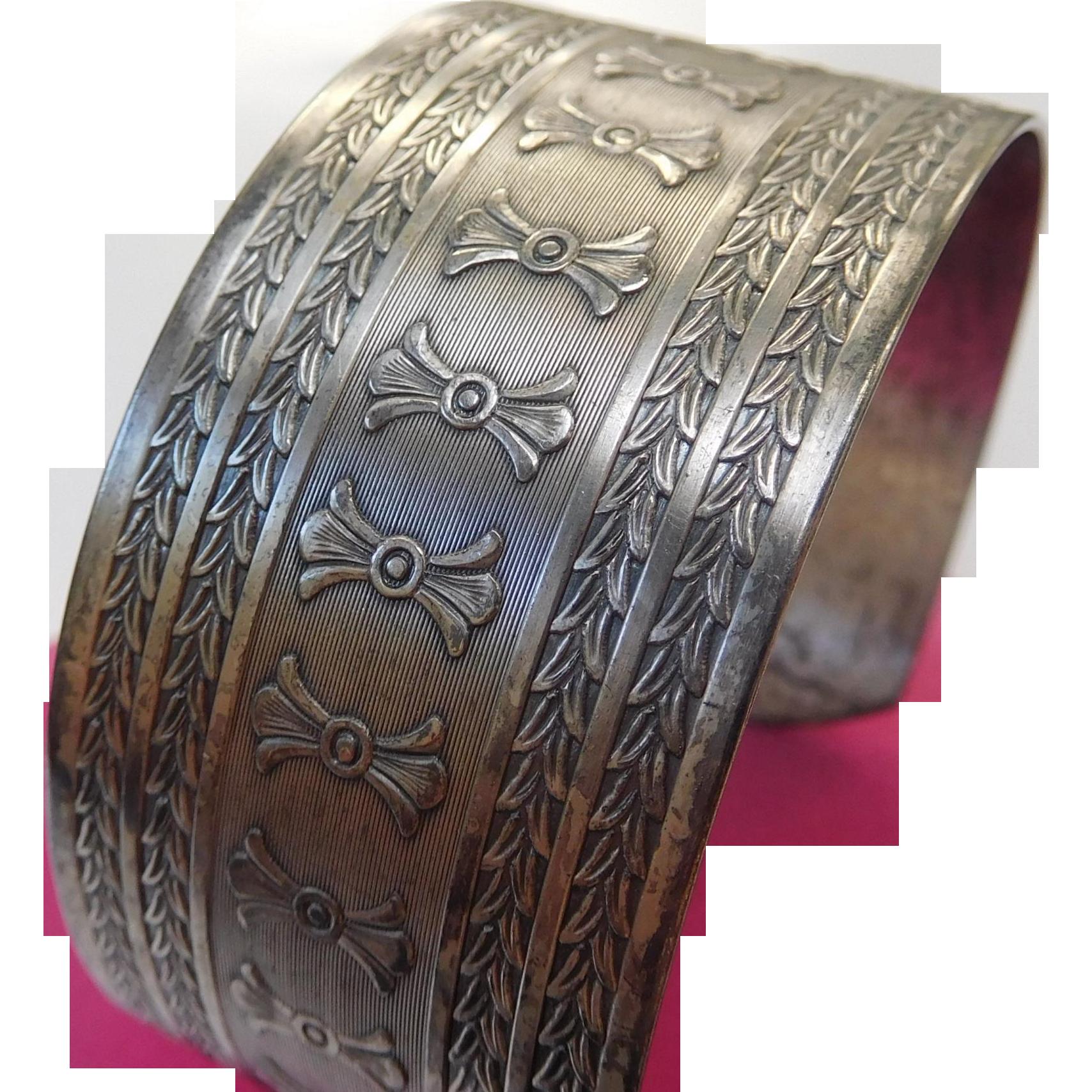 Victorian Aesthetic Era Cuff Bracelet, Copper, Foliage
