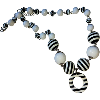 Black and White Stripe Op Art Geometric Necklace