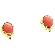 Gorgeous 18K Gold Coral Earrings
