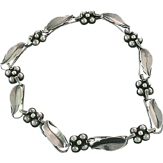 La Paglia Leaf and Ball Cluster Sterling Silver Necklace 219