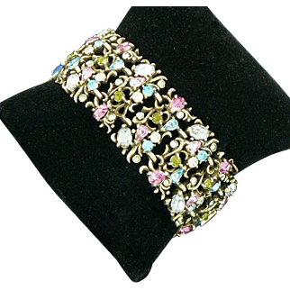 Hollycraft Sparkling Rhinestone and Gold Tone Metal 1950 Link Bracelet