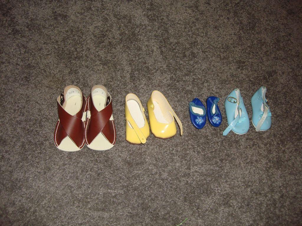 Older Assorted Doll Shoes