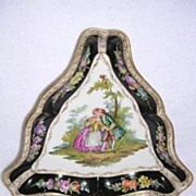 Triangle Cabinet Plate