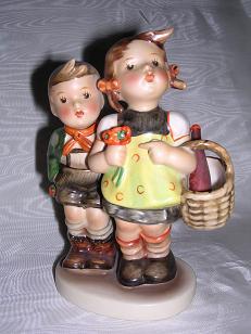 "Hummel ""To Market"" Figurine Full Bee 49/0"