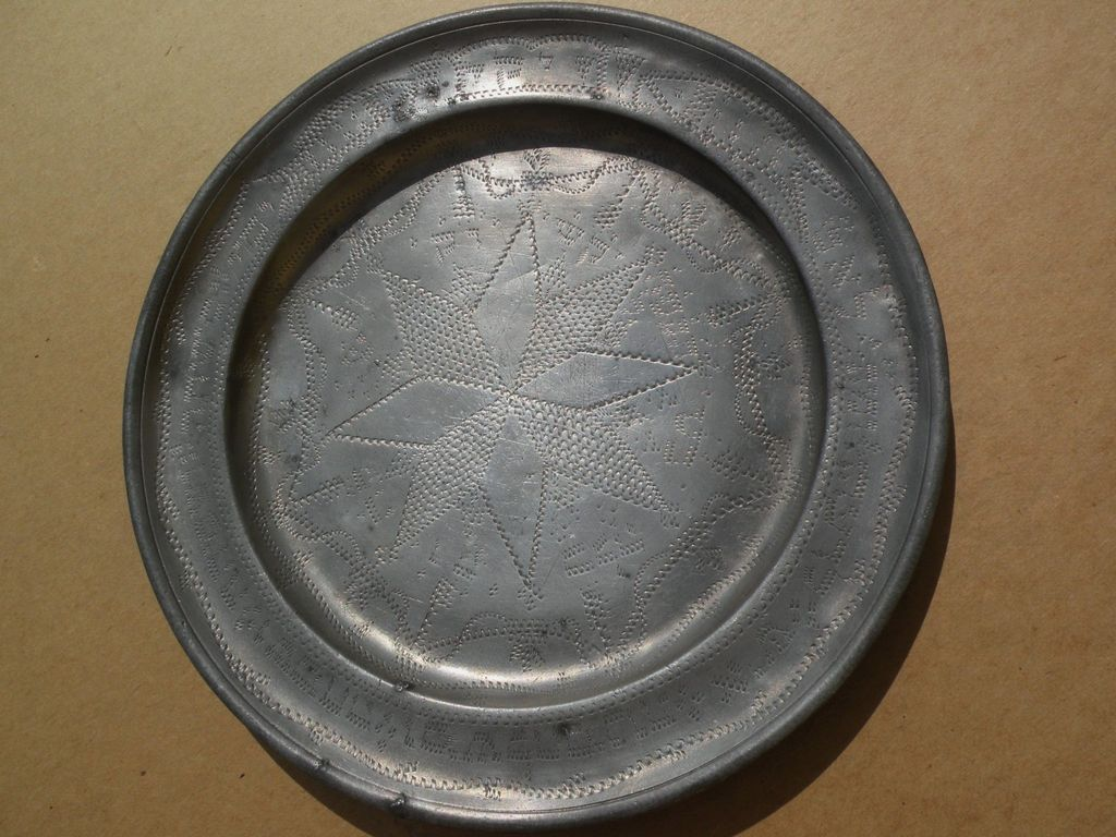 Judaica early 19th century pewter plate with extensive Hebrew writing