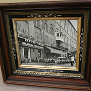 Antique American Victorian Eastlake style picture frame