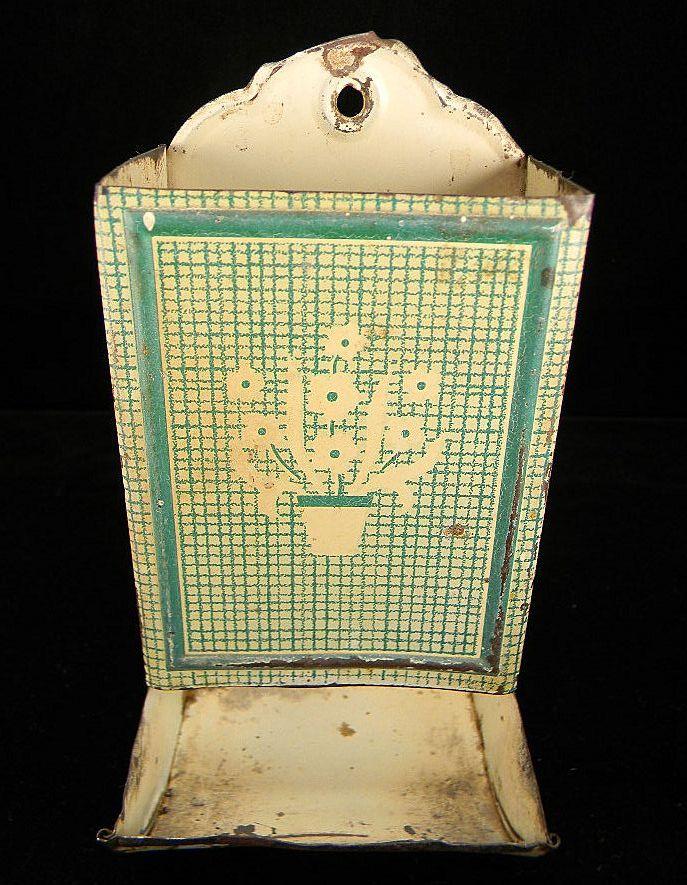 Vintage Green & Cream Match Safe