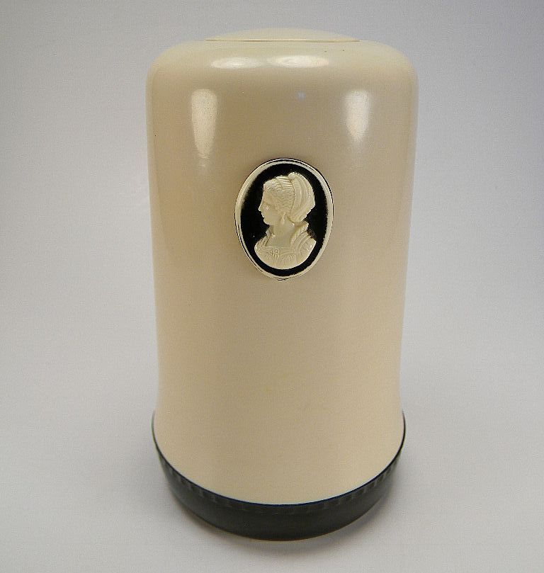 Vintage 1950's Cameo Cleanser Holder
