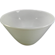 Vintage White 3 Qt. Fire King Splash Proof Bowl