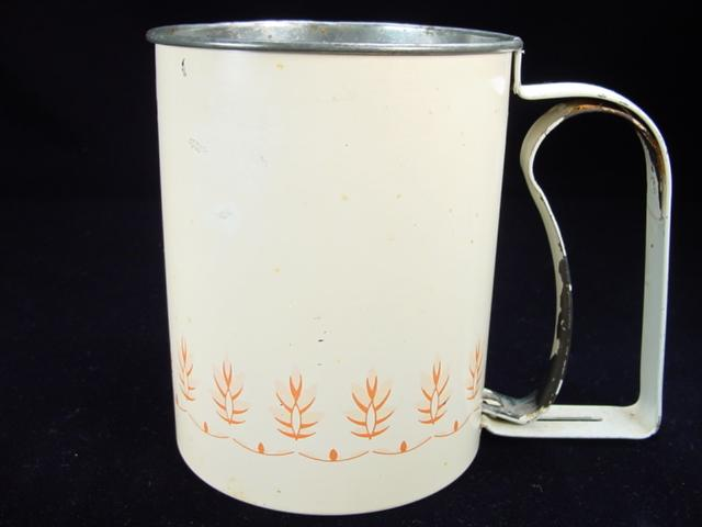 Vintage Androck Single-Screen Small Flour Sifter
