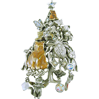 Kirk's Folly Christmas Holiday Pin / Brooch with Cats and Fairies Rhinestones