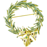 Vintage Christmas Holiday Wreath Pin / Brooch with Rhinestones