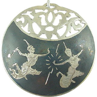 Vintage 1930's Sterling Silver Pin / Pendant signed SIAM (Thailand) Niello Goddess