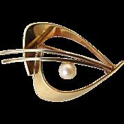 Mid Century Modern 585 14K Brooch Boomerang Motif