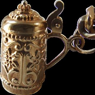 Vintage 18k Gold Beer Stein Charm, opens!