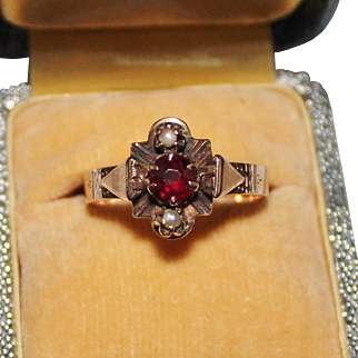 Antique Victorian 14k Rose Gold Garnet & Seed Pearl Ring, Size 6.75, 1.9 Grams