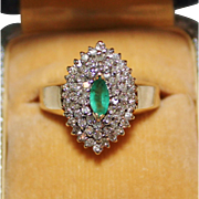 Lovely 10k Yellow Gold Genuine Emerald & Diamond Cocktail Ring, Size 6, 4.5 Grams