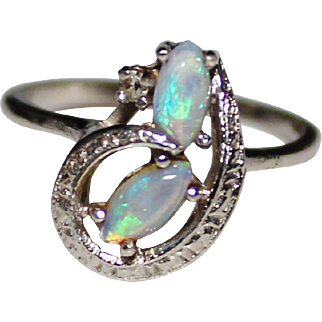 Vintage 14k White Gold Natural Opal & Diamond Ring, Size 5 1/2