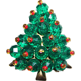 Vintage Plastics 1960's 3-D Faceted LUCITE Green Bauble CHRISTMAS Tree Brooch