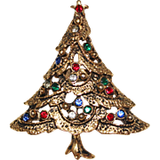 1960's Vintage Gold Multi Colored Rhinestone Christmas Tree Figural Brooch Pin