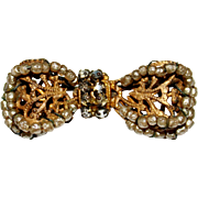 Vintage MIRIAM HASKELL Gilt Filigree Seed Pearl Bow Ribbon Brooch Pin